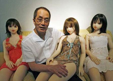 上海热线健康频道-- 日本充气娃娃制作过程