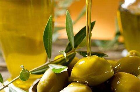 橄榄油可以用来炒菜吗?这类环境下部门营养素会被粉碎